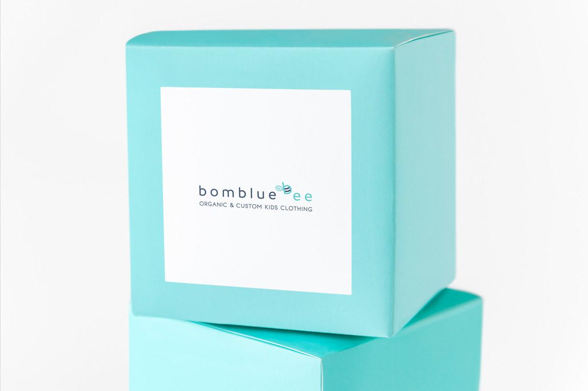 Packaging de diseño para marca de ropa