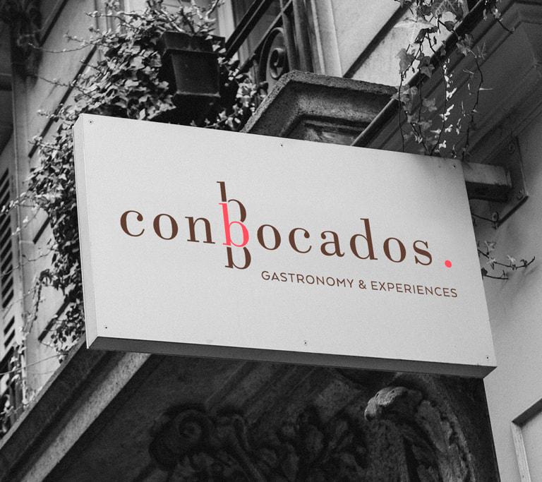 Diseño de Branding y Naming para el Catering Conbocados